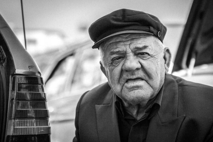 Schwarz / Weiss Porträt von einem alten Mann.