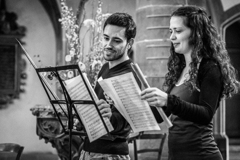Geigenspieler und Flötistin