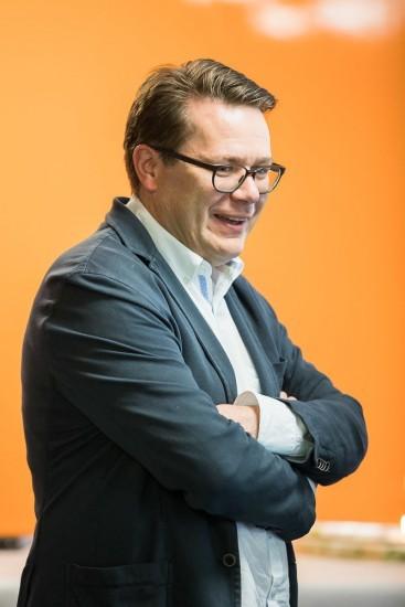 lachender Regierungsrat Benedikt Würth