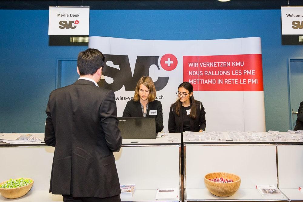 Info Desk für die Registration eines Anlasses.
