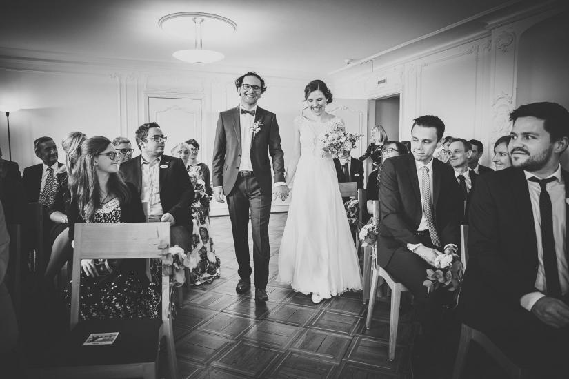 Brautpaar betritt den Saal.